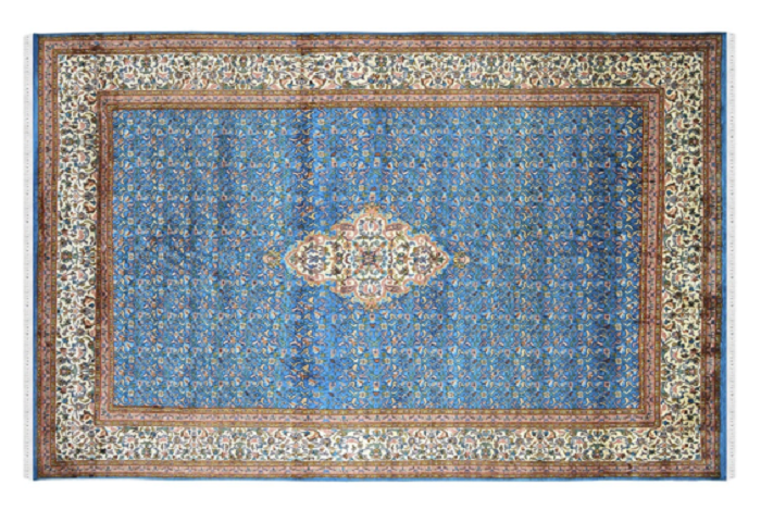 How to Buy a Handmade Silk Rug for Your Luxurious Home