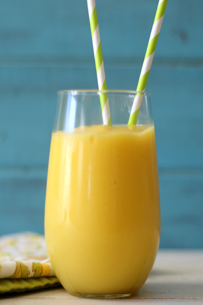 Pineapple Ginger Lime Mango Detox Smoothie