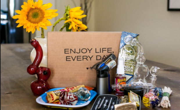 Weed Gift Box Ideas for Your Stoner Friends